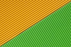 Strukturierte bunte gelbe und grüne Wellpappe lizenzfreies stockfoto