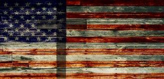 Strukturierte verblaßte amerikanische Flagge mit Kreuz Stockbilder