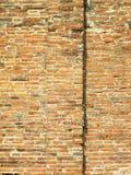 Strukturierter Hintergrund: altes Backsteinmauermuster Lizenzfreie Stockfotos