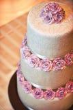 Strukturierter Hochzeits-Kuchen Stockfotos