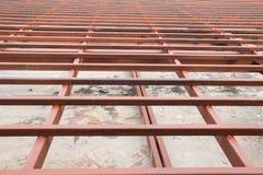 Strukturstål i konstruktionsplats Arkivfoton