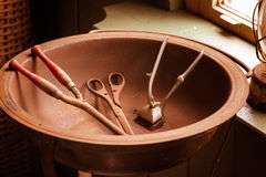 Strumenti antichi del barbiere Fotografie Stock