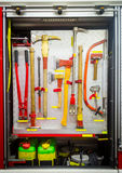 Strumenti antincendio in camion dei vigili del fuoco Fotografie Stock Libere da Diritti