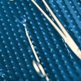 Strumenti chirurgici sterili sulla stuoia del silicone fotografia stock