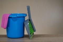Strumenti dei prodotti di pulizia Immagine Stock
