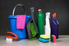 Strumenti dei prodotti di pulizia Immagine Stock Libera da Diritti
