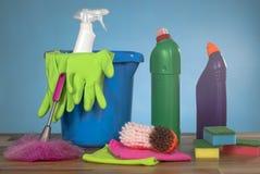 Strumenti dei prodotti di pulizia Immagini Stock