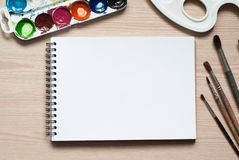 Strumenti di disegno su uno scrittorio Fotografia Stock Libera da Diritti