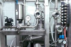 Strumenti di industriale e dell'attrezzatura per la produzione della fabbrica di birra Immagini Stock Libere da Diritti