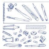 Strumenti di scrittura - insieme disegnato a mano Fotografia Stock