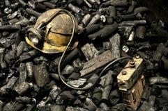 Strumenti e carbone del minatore Fotografie Stock Libere da Diritti
