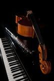 Strumenti musicali che si trovano sul piano Fotografia Stock Libera da Diritti