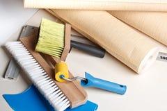 Strumenti Wallpapering immagine stock