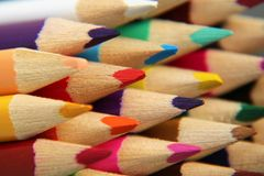 Strumento della matita sotto forma di barretta fatta del materiale di scrittura immagine stock