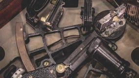Strumento industriale di misura della scala del semicerchio fotografie stock libere da diritti
