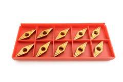 Strumento per il taglio di metalli di fresatura del tornio su un fondo bianco Fotografia Stock Libera da Diritti