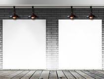 Struttura in bianco sul muro di mattoni per il messaggio informativo Immagini Stock Libere da Diritti