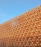 Struttura a blocchi di legno della facciata della parete fotografia stock libera da diritti