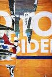 Struttura casuale di tipografia della carta del collage del fondo sulla parete Fotografia Stock Libera da Diritti