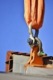 Struttura in cemento armato di sollevamento a catena di industriale resistente Immagini Stock Libere da Diritti