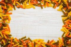 Struttura colorata dello spazio della copia di Fusilli Fotografie Stock
