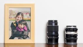 Struttura d'annata della foto dell'obiettivo con l'immagine della famiglia Fotografie Stock Libere da Diritti
