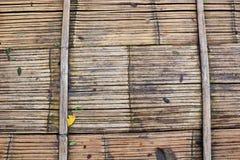 Struttura del bambù del pavimento di Brown immagine stock libera da diritti