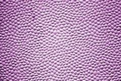 Struttura del metallo con le bolle nel colore porpora fotografia stock