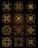 Struttura dell'oro del modello nel vettore per il taglio del laser Gli ornamenti decorativi unici per le cartoline d'auguri, invi royalty illustrazione gratis