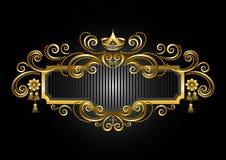 Struttura dell'oro nel vecchio stile con la corona e i candelabras Fotografie Stock Libere da Diritti