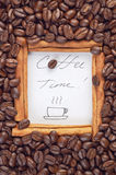Struttura della cannella con tempo del caffè di parole dentro Fotografie Stock