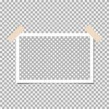 Struttura della foto della polaroid con nastro adesivo appiccicoso su fondo grigio Modello, spazio in bianco per la vostra foto d royalty illustrazione gratis
