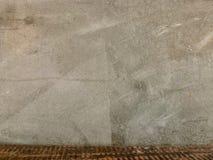 Struttura della parete del cemento e del fondo nudi di legno, carta da parati di vecchio stile immagine stock libera da diritti