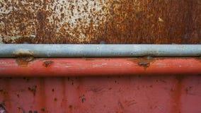 Struttura della ruggine della superficie dell'acciaio e dell'acciaio rosso qui sotto immagine stock