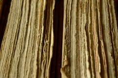 Struttura delle pagine, due vecchi libri, fondo d'annata Fotografia Stock Libera da Diritti