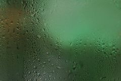 Struttura di condensazione della rugiada del fondo delle gocce di acqua su vetro ghiacciato Fotografie Stock Libere da Diritti