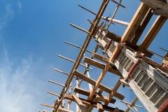 Struttura di legno che sostiene la struttura del fascio Immagini Stock Libere da Diritti