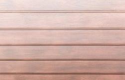 Struttura di legno linea leggera mattonelle della quercia del pavimento sulla vecchia buccia dell'occhio di fila del tek Fotografia Stock