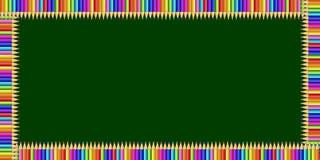 Struttura di rettangolo fatta delle matite variopinte sul fondo della lavagna e sullo spazio verdi della copia illustrazione vettoriale