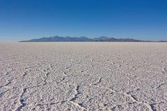 Struttura di sale della terra salina Salar de Uyuni in Bolivia Fotografia Stock