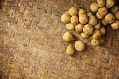 Struttura di tessuto di bambù naturale con longkong Fotografie Stock