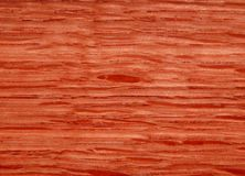 Struttura di una superficie di legno di mogano Impiallacciatura di legno per mobilia fotografia stock