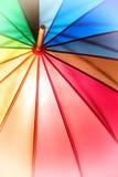 Struttura e fondo dell'ombrello dell'arcobaleno immagini stock