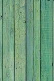 Struttura e fondo di vecchio recinto di legno verde Fotografia Stock Libera da Diritti