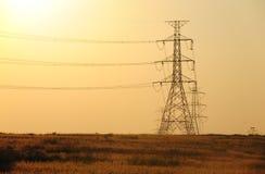 Struttura elettrica ad alta tensione del palo Immagini Stock Libere da Diritti
