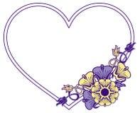 Struttura in forma di cuore con i fiori decorativi Fotografia Stock