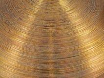 Struttura ondulata del metallo circolare dell'oro Immagine Stock Libera da Diritti