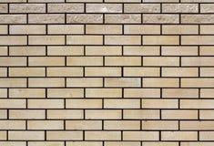 Struttura stagionata astratta di vecchio stucco grigio chiaro macchiato e del muro di mattoni bianco invecchiato per fondo nella  Immagini Stock