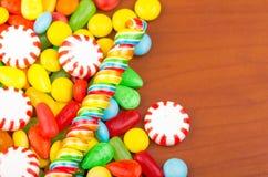 Struttura variopinta del caramello della caramella dei dolci Fotografia Stock Libera da Diritti