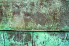 Struttura verde ossidata del piatto di rame come fondo Fotografia Stock